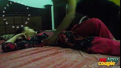 indian couple sunny and sonia in bedroom hardcore sex - 2 min