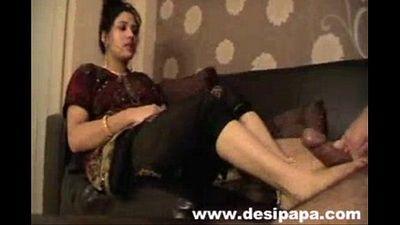 xtremezone realy hot bhabhi - 3 min