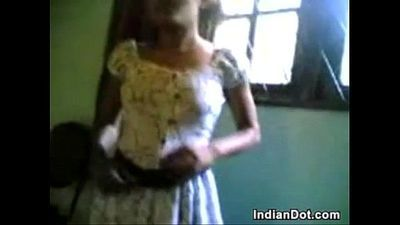 Cute Indian Teen Girl Washes Her Body - 4 min