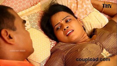Panimanishi Romance In Bedroom by House Owner - 3 min