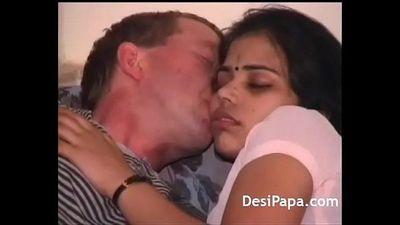 Bombay Slut Seducing Foreign Client In Hotel After Dinner - 10 min