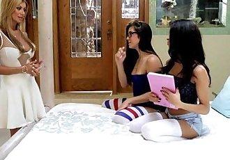 Natalie Monroe, Veronica Rodriguez and Lisa Daniels at Mommys GirlHD