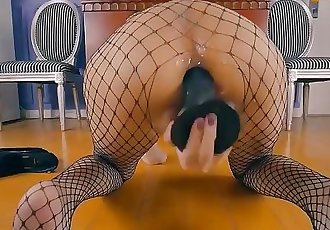 YOUNG CHINESE JAPANESE LITTLE DOLL JAV CUNT NET PANTIES SQUIRTING ANAL