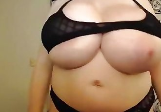 Cassie0pia Giant Natural Tits 7