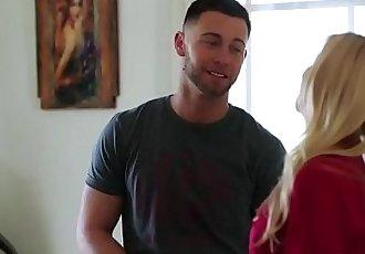 Pretty stepsis sucking cock before fucking
