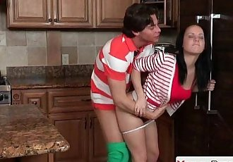 Mamma and hot stepdaughter swapping cumHD