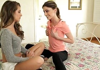 Kristen Scott makes Kimmy Granger curiousGirlswayHD