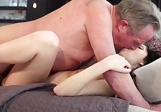Old and Young PornSweet innocent girlfriend gets fucked by grandpaHD