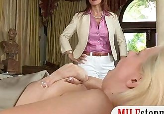 Jessie Volt and Syren Demer anal 3some in the bedroom