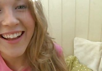 Blonde Teen Moaning In Pleasure While MasturbatingHD