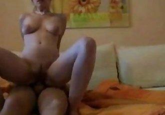 Teen girl loves it up the ass