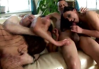 VUBADO MATURE SEX AT BEST !!