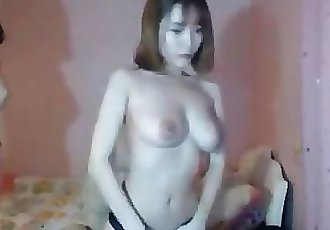 KOREAN SISTERS GET NAKED CAM-