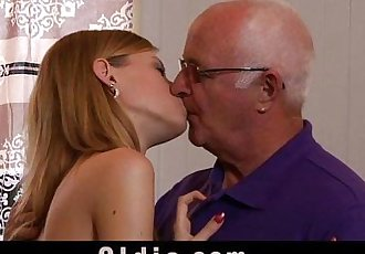 Sexy young girl Angel suck old cockHD
