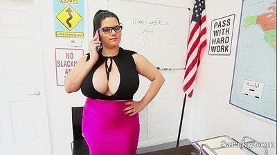 Teacher sara jay fuck pupil gia in classMore Videos at DailySex.club