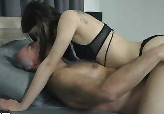 Old and Young Horny Girl Seduces Grandpa and Gets his Cock inside her