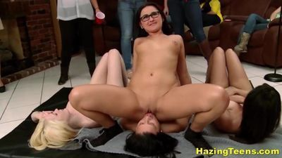 Naughty Lezbo College Teens Fucking With Double-Dildo
