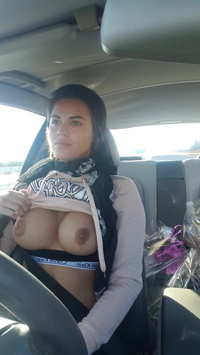 Boobies on the road - Seins sur l\