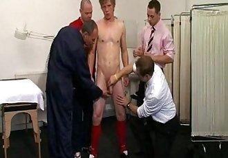 Seleção Gay-Exame Médico ousado