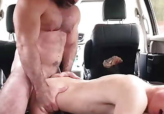 FamilyDick - Muscle bear dad fucks boy in car for smoking