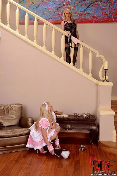 Maid porn photos