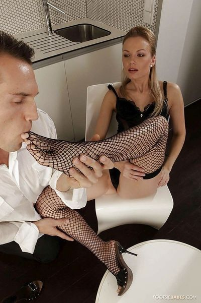 Glamorous Allison in a gorgeous foot fetish scene is getting cum