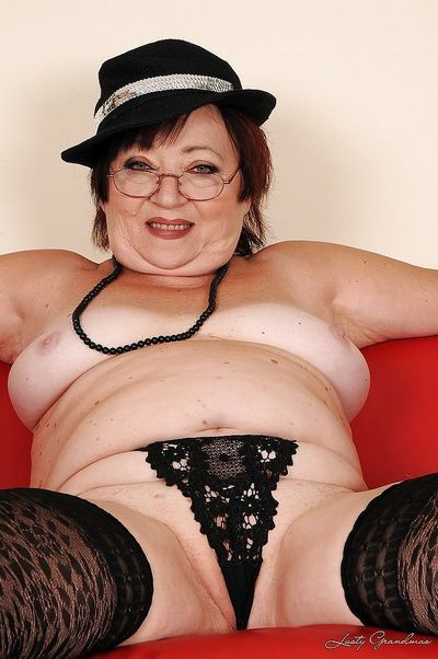 Fatty granny in glasses showcasing her flabby tits and pussy - part 2