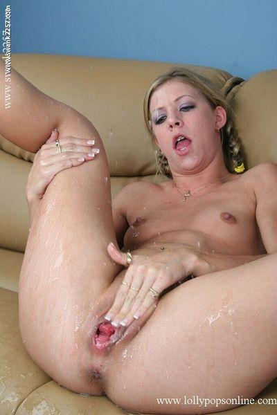 Leah Luv