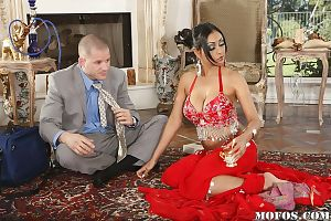 Indian milf with huge breasts Priya Anjeli Rai in reality fucking