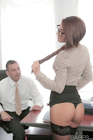 Stocking and glasses adorned Alexis Brill having shaved pussy ate in office
