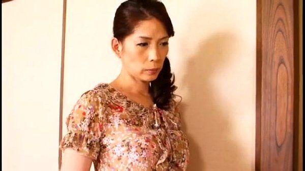 Asian Mom full movie