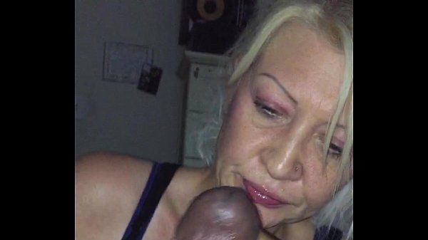 41 yrs old back on this BBC. She let me face fuck her throat. She love the BBC
