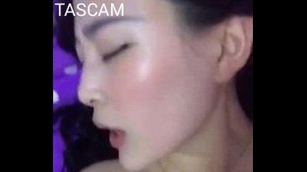 chinese beautiful girl selfshot tiny tits