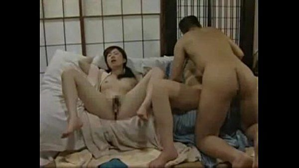 Japanese threesome (please id this vid or the actresses)