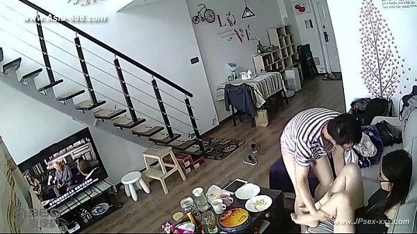 Hackers use the camera to remote monitoring of a lover\