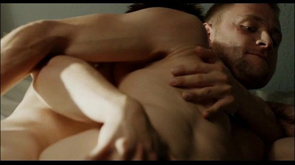 Freier Fallkiss and hot scenes
