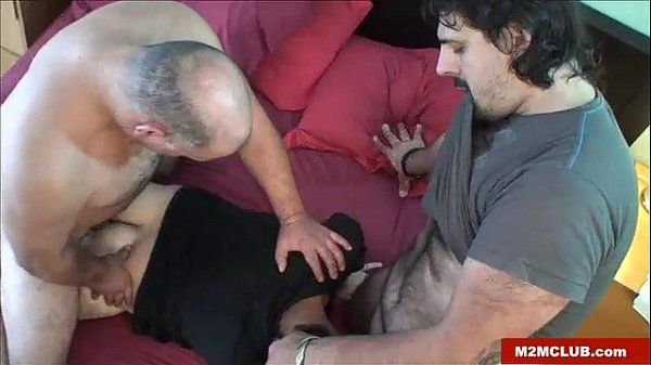 Hung bears fucking a dude