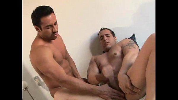 Chicos latinos-Nikko 3