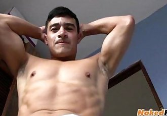 Hot muscled papi jerking off