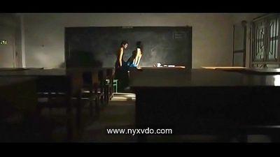 Hot Indian Desi Teacher With Student Saree Sex - 1 min 23 sec