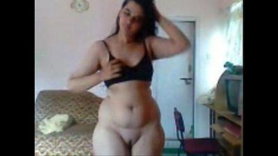 Desi beauty bhabhi withg cute shaped pussy - 50 sec