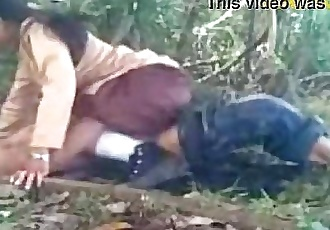 Indian College Babe Entertaining in Uniform at out door - Wowmoyback - 11 min