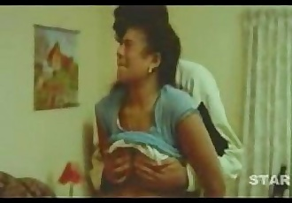 Mallu gets her boobs pressed nicely. - 3 min