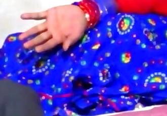 Mallu Bhabhi In Sexy Sleeveless Blouse Blue Saree Sex With Young Boy