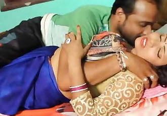 Hot bhojpuri song 66 - Sexy auntys boobs pressed in blouse & smooched