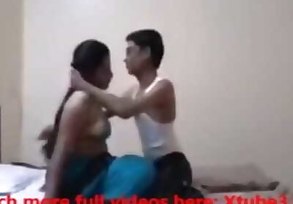 Lovely desi girlfriend enjoys passionate sex on the bed