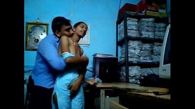 young indian computer operator girl aarti molested by her boss mms from bhopal - 42 sec