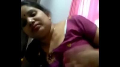 Chubby bhabhi sucking cock - 2 min