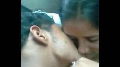 Lovers MMS Leaked in Car wid Dirty Audio - 1 min 30 sec