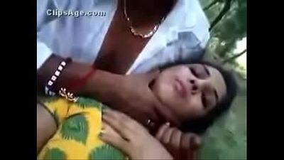 Mallu aunty fucked in jungle - 23 sec